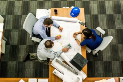 8 WORKPLACE SAFETY TIPS EVERY EMPLOYEE SHOULD KNOW